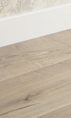 3883 Piano Oak