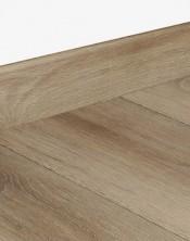 5380 Andromeda Oak